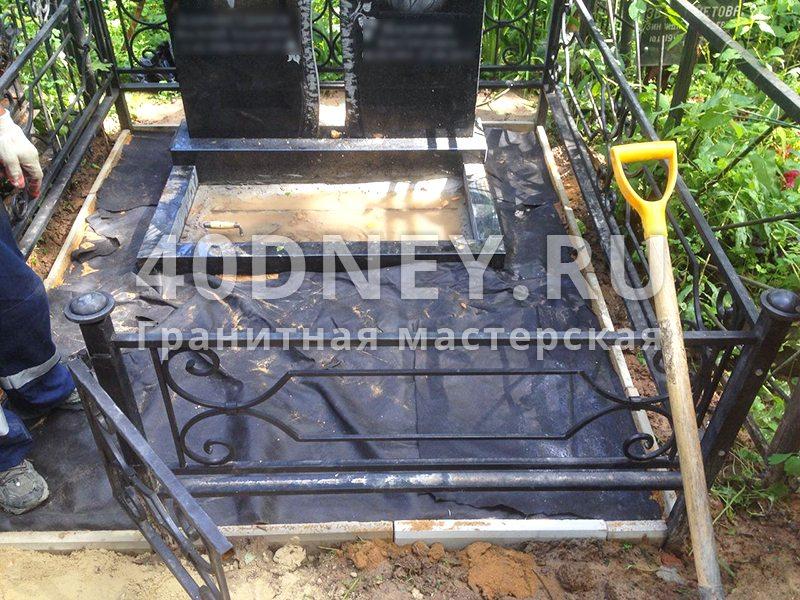 Цоколь резной из габбро-диабаза Минусинск не дают поставить надгробие