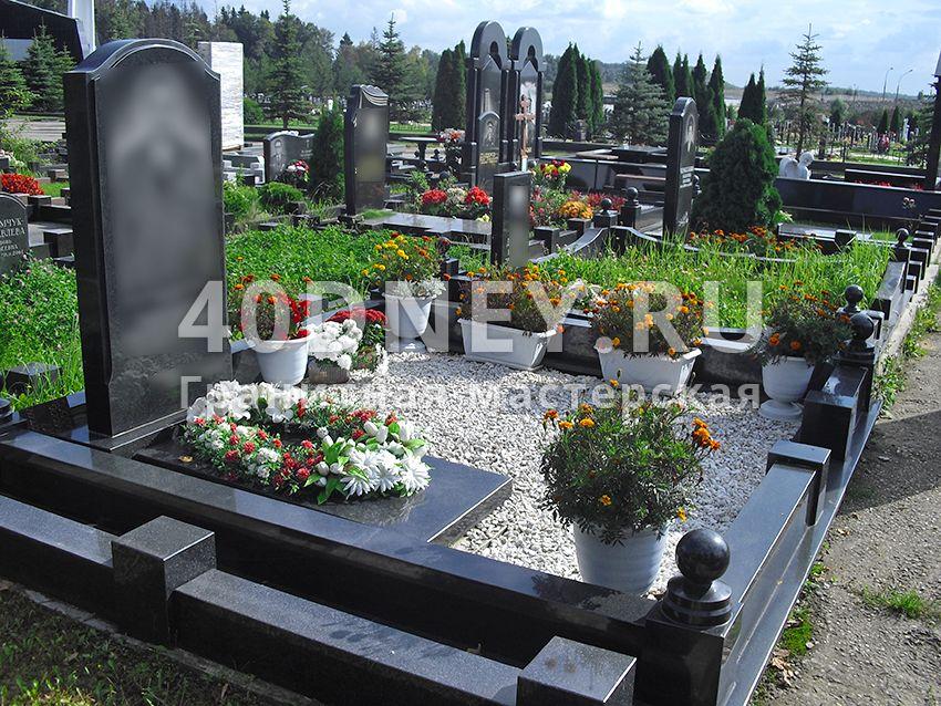 Оформление могил цветами изготовление памятников нижний новгород отзывы